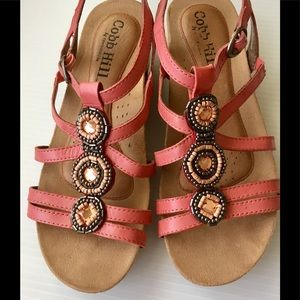 Cobb Hill T strap sandals real leather sandals